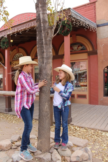 Cute cowgirls